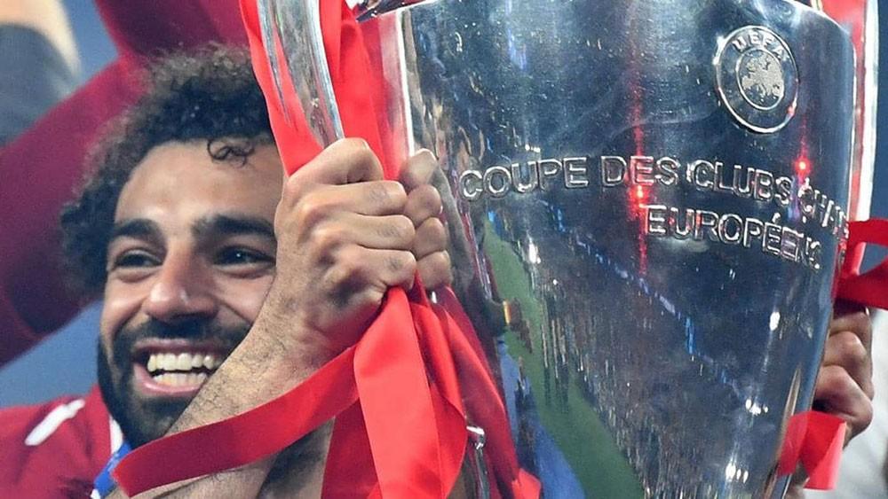 """ليفربول يشعل """"تحدي الأساطير"""" بصلاح.. ويرد على الأهلي"""