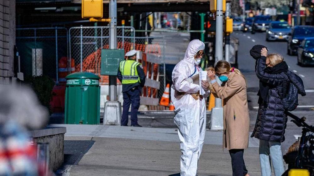 """نيويورك.. الوباء يحول """"المدينة التي لا تنام"""" إلى جحيم"""