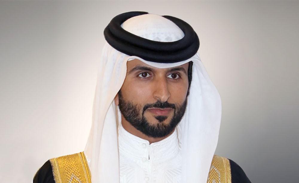 ناصر بن حمد يشيد بالرعاية الأبوية التي يحظى بها الأيتام من جلالة الملك