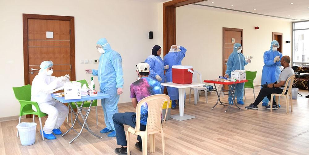 بالصور: استمرار الزيارات الميدانية لأخذ عينات عشوائية لتعزيز صحة وسلامة المواطنين والمقيمين