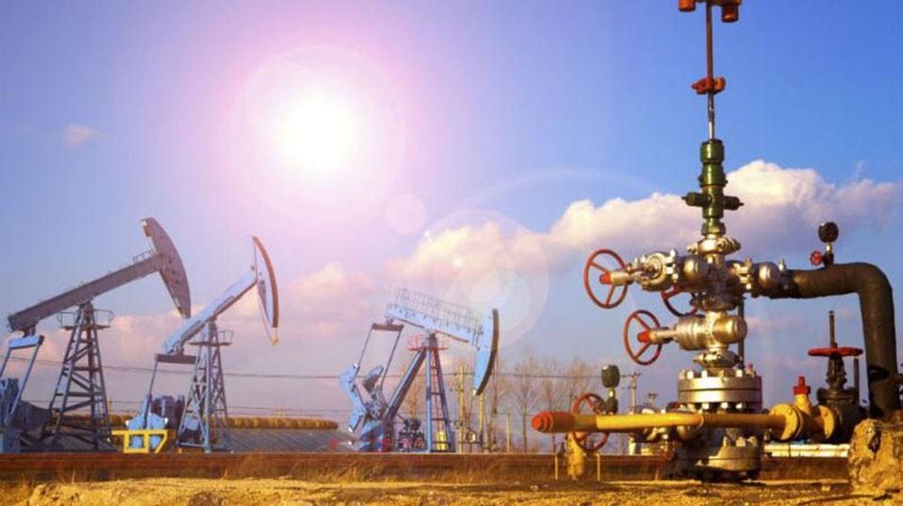 مخزونات النفط في أميركا تقفز 12 مليون برميل في أسبوع