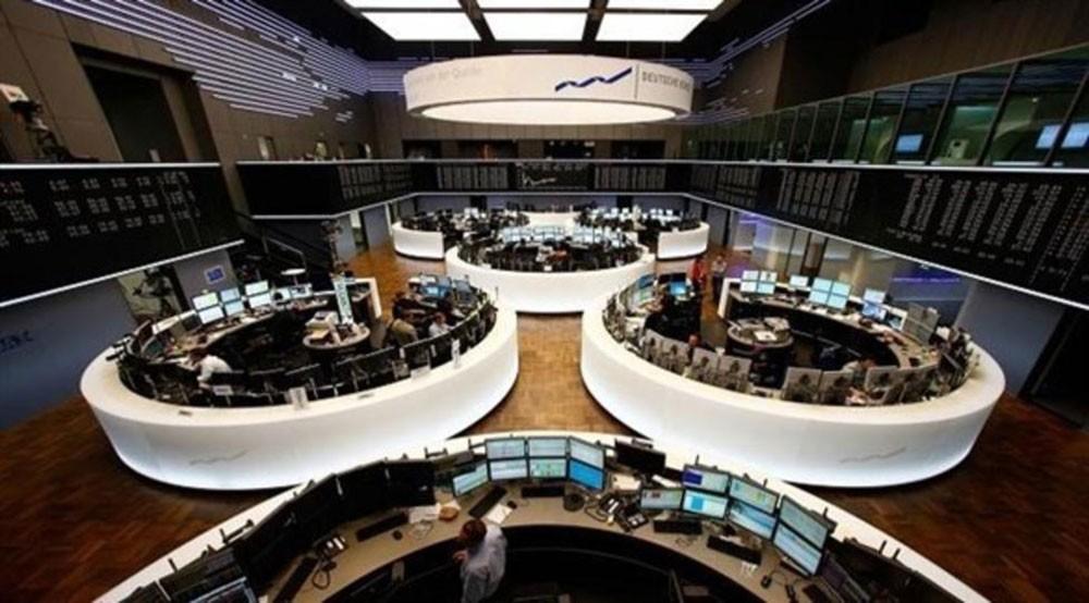 أسهم أوروبا تهبط بفعل مخاوف التجارة الصينية