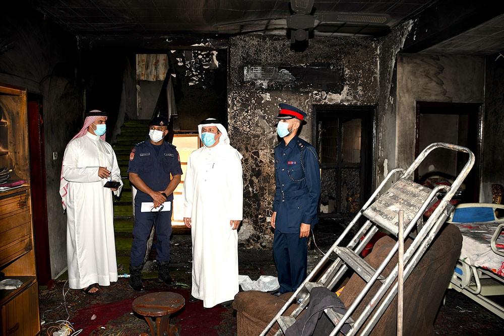 محافظة المحرق تتابع حادث الحريق وتقدم خدماتها للمتضررين