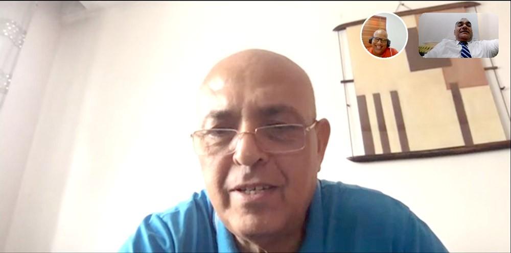 """مستشار """"الفيفا"""" الفني يطلع على أنشطة اتحاد الكرة"""