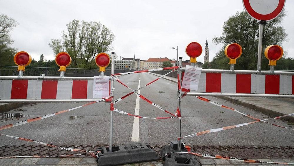 """دعوة أوروبية لفتح الحدود """"بأسرع وقت ممكن"""""""