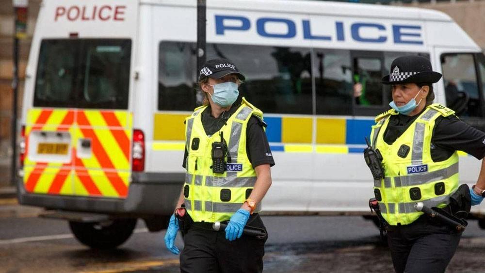 """بريطانيا تحذر مواطنيها من """"هجمات إرهابية خاطفة"""""""