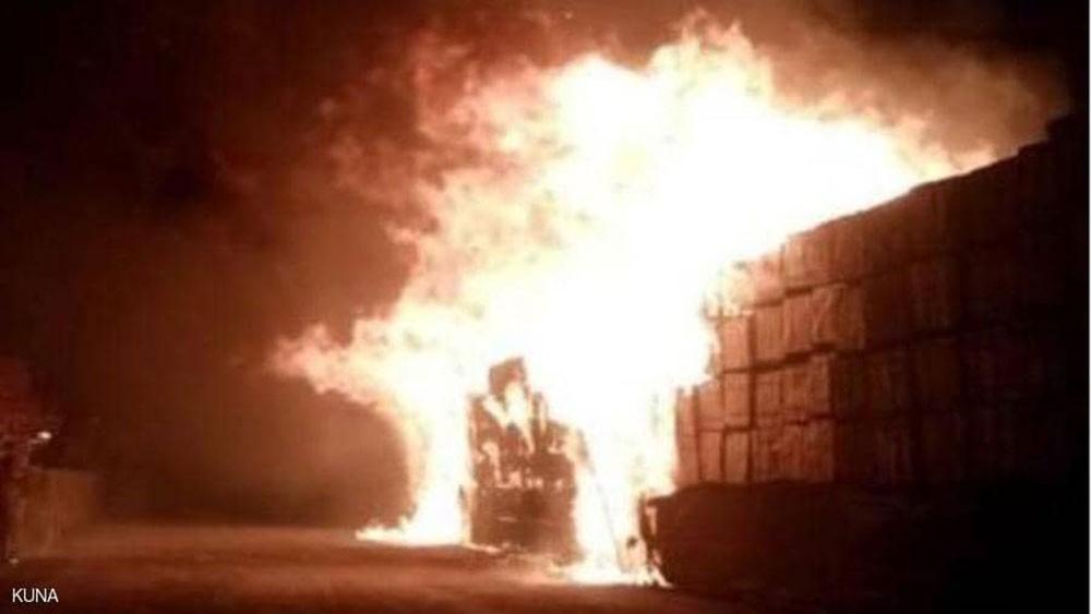 الكويت.. اندلاع حريق ضخم في ميناء عبد الله