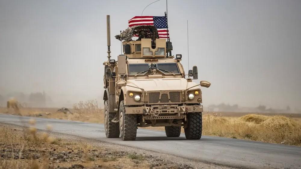 القوات الأميركية تنشئ قاعدة عسكرية ومهبط طائرات شرق الحسكة