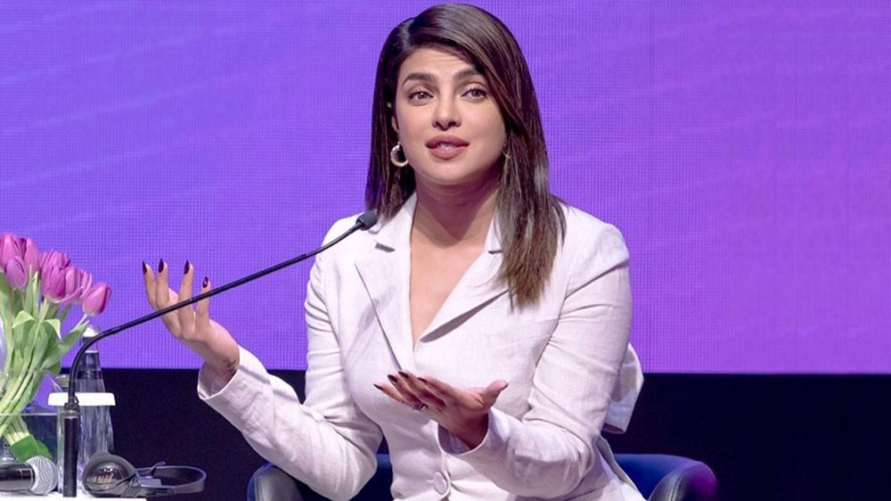 بريانكا شوبرا تكشف عن معاناتها مع المحسوبية