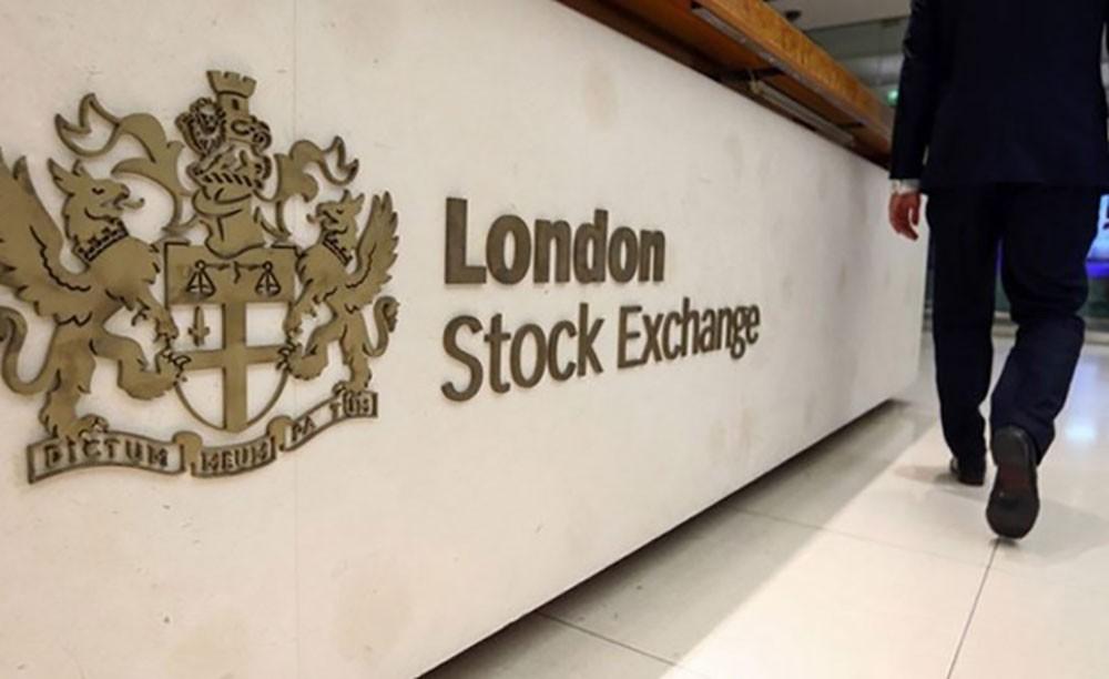 مؤشرات الأسهم البريطانية تغلق على انخفاض