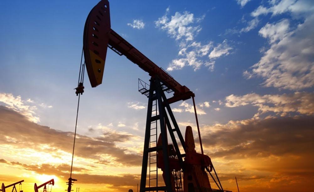 إنتاج النفط الروسي يرتفع إلى 9.37 مليون برميل يوميا الشهر الماضي