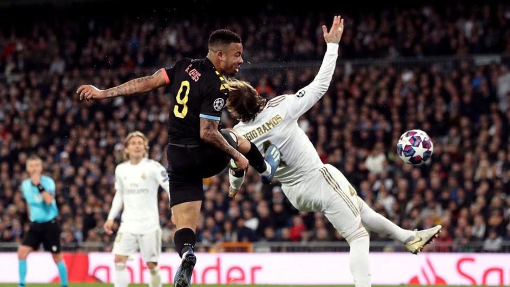 """روني يحذّر مانشستر سيتي من """"مرتدات"""" ريال مدريد"""