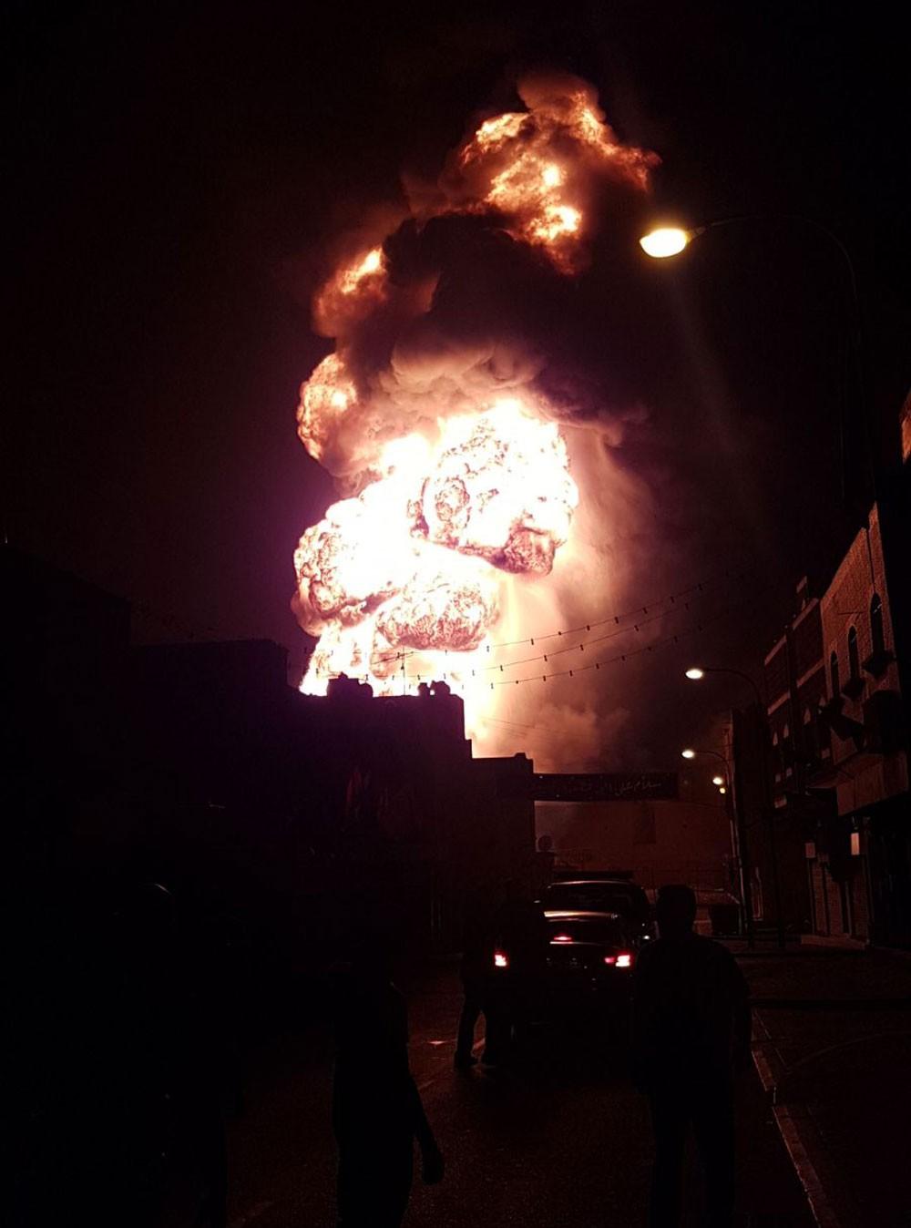 انفجار كبير في انبوب نفط بالقرب من منطقة بوري