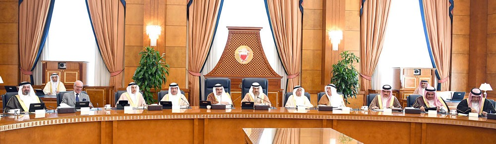 سمو رئيس الوزراء يوجّه: استملاك عقارات للمنفعة العامة في الدير وجدحفص