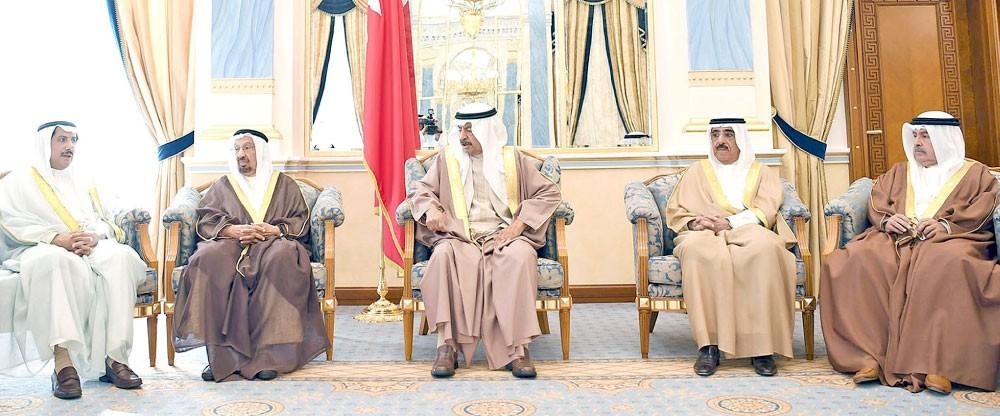 سمو رئيس الوزراء: ماضون في خطوات التنمية بوتيرة أسرع ولا لعرقلة المسيرة