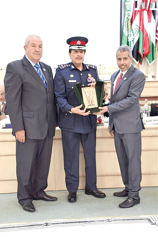 """مؤتمر قادة الشرطة والأمن العرب يكرم """"الداخلية"""""""