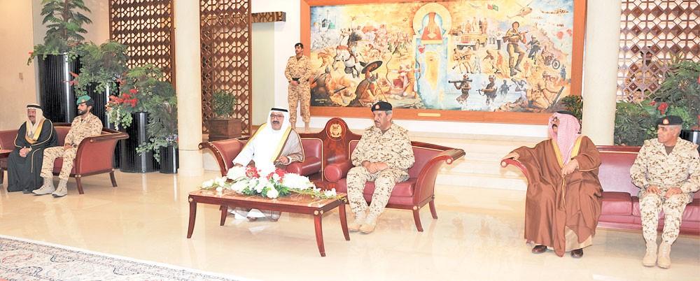 توطيد التعاون العسكري المشترك مع الكويت