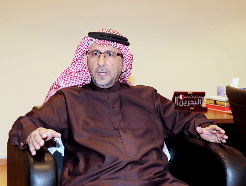 """صاحب """"دلمون""""... 50 عاما تختصر قصة الخبز بالبحرين"""