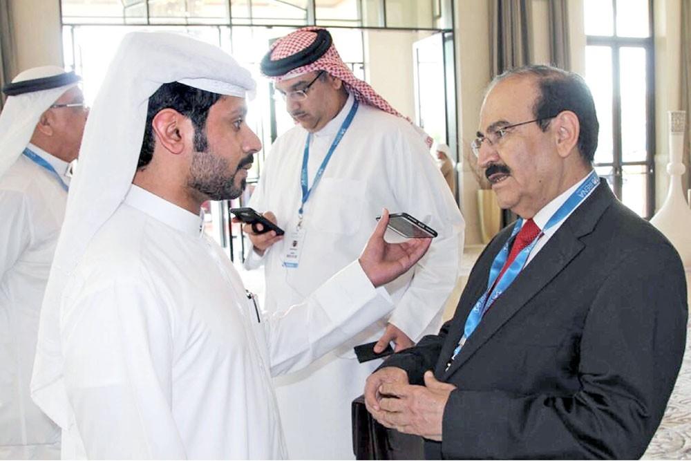 """ميرزا يوضح استراتيجية """"البحرين"""" عن استدامة الطاقة"""
