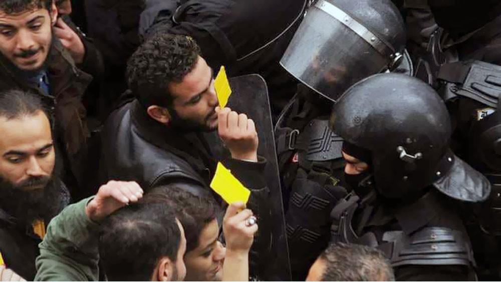 تونس تزيد منحا حكومية لتهدئة الشارع