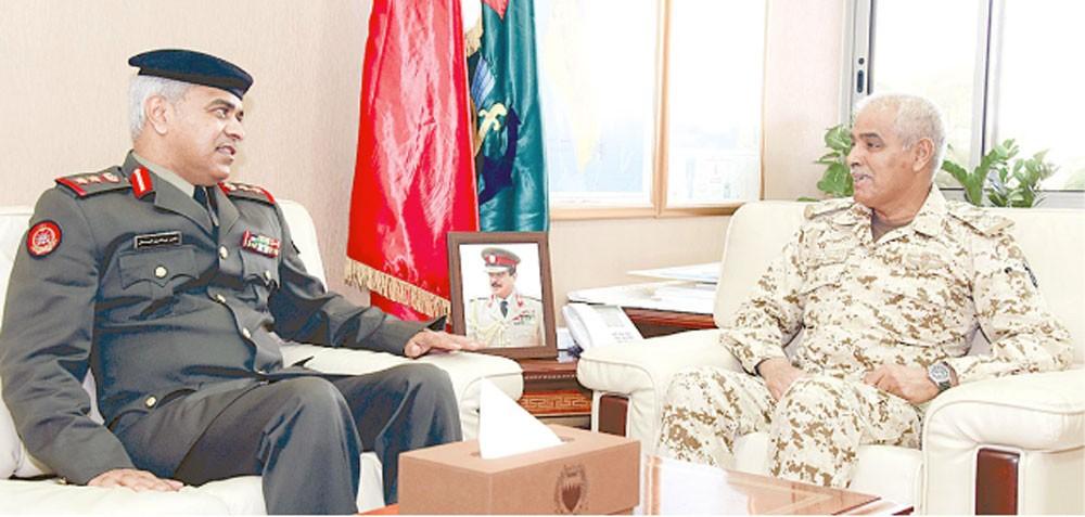 النعيمي يشيد بالعلاقات العسكرية مع الكويت