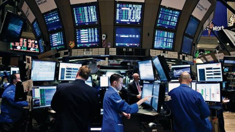 """الأسهم الأوروبية تنخفض رغم تعافي """"وول ستريت"""" وآسيا"""