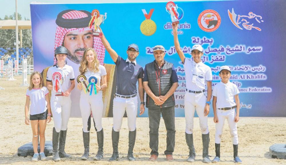 منافسات مثيرة في بطولة فيصل بن راشد لقفز الحواجز