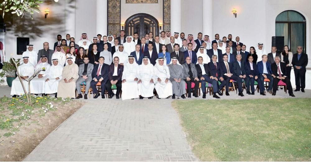 """""""التسهيلات للتأمين"""" تلتقي شركاءها الإستراتيجيين بالبحرين"""