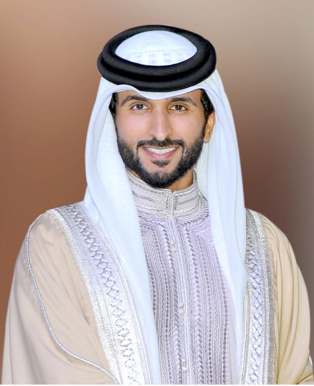 ناصر بن حمد: التعرض للقيادة خط أحمر ونحذر من الزج باسمنا في الفتنة