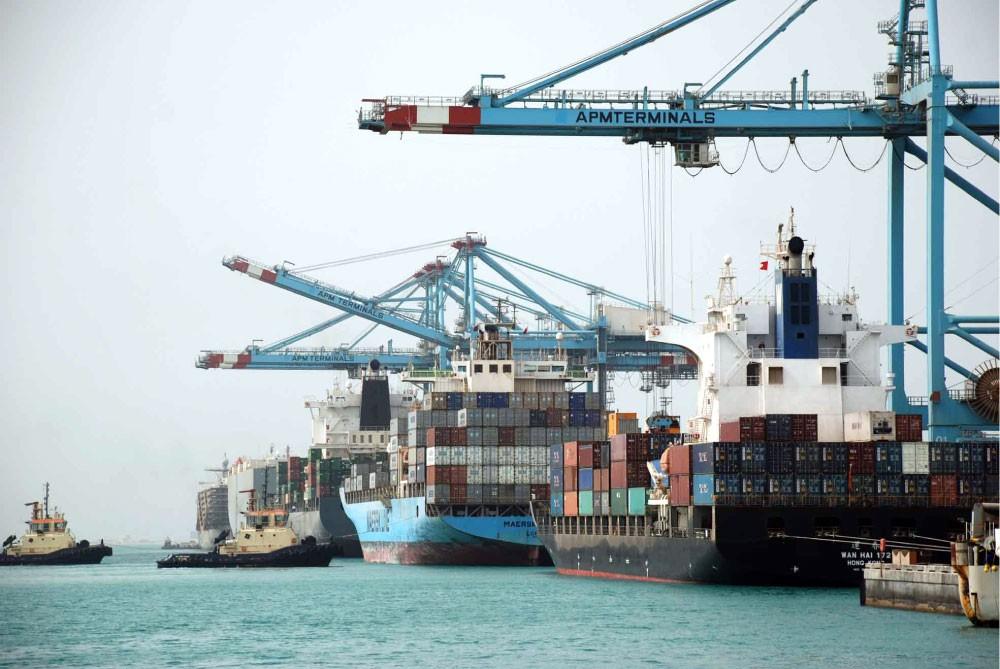البحرين تستورد سلعًا بـ 1.3 مليار دينار بالربع الأول