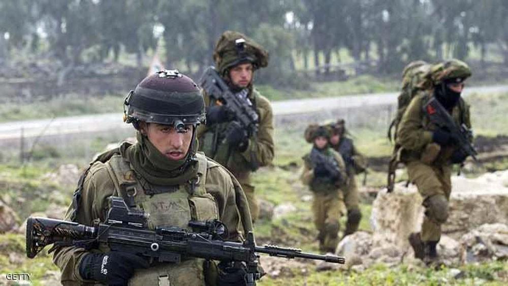 """إسرائيل تقر بقتل 7 من """"الثوري الإيراني"""""""