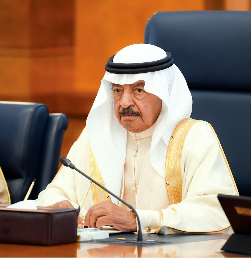 سمو رئيس الوزراء يوجه: الإسراع في تلبية طلبات أهالي السنابس الإسكانية وفق الأقدمية