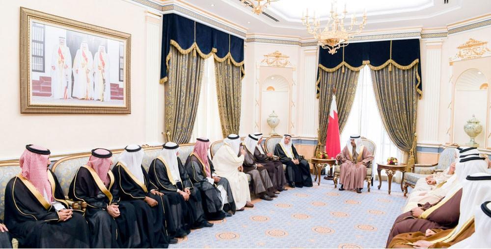 سمو رئيس الوزراء:  روابط المحبة ضمانة لتعزيز اللحمة والوحدة الوطنية