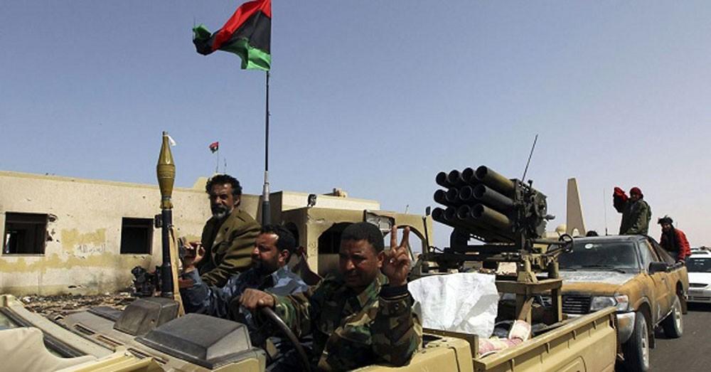 الجيش الليبي يسيطر على مواقع استراتيجية بدرنة