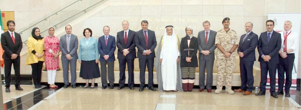 """""""الملكية للجراحين"""" و""""الأطباء البحرينية"""":  آليات عمل للنهوض بالطبيب علميًا ومهنيًا"""