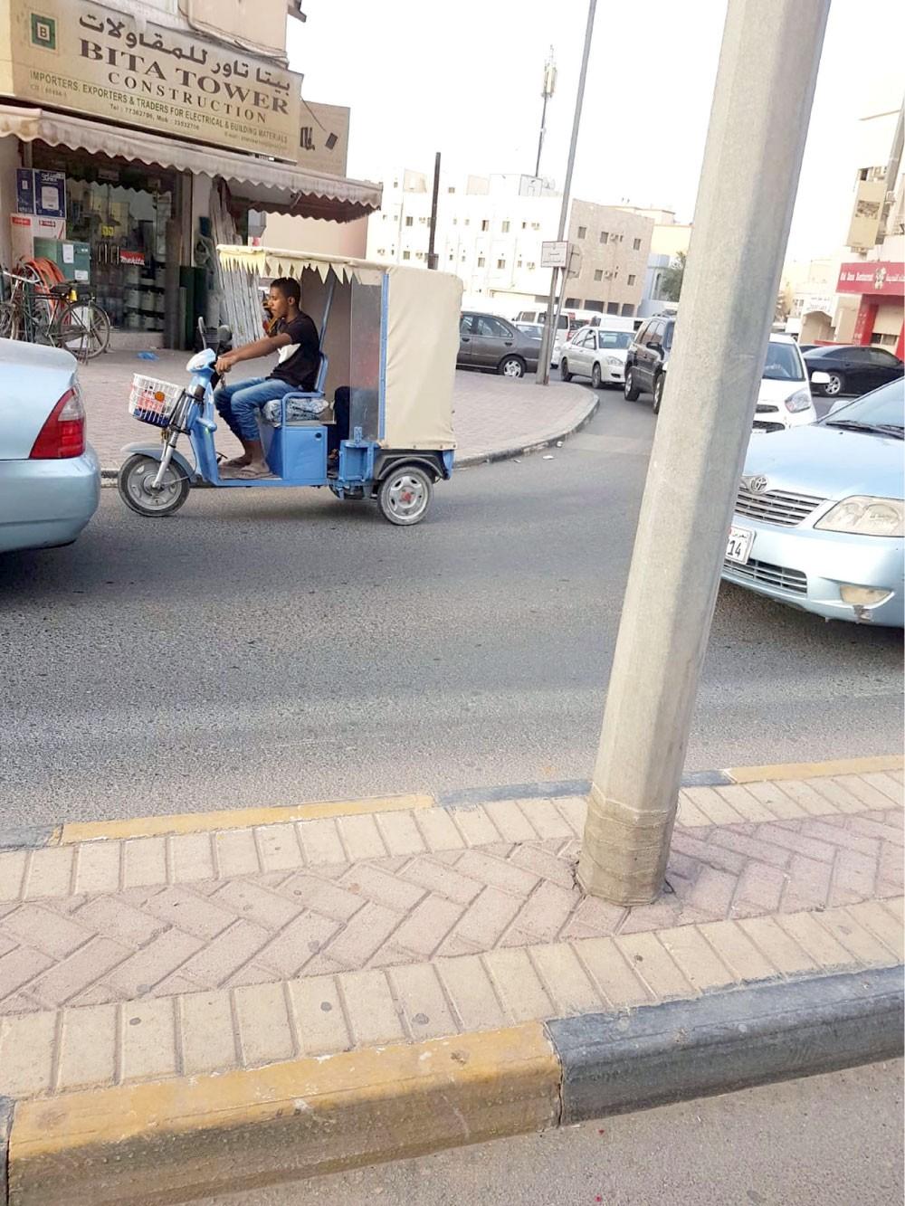 """هل يغزو """"التوك توك"""" شوارع البحرين؟"""