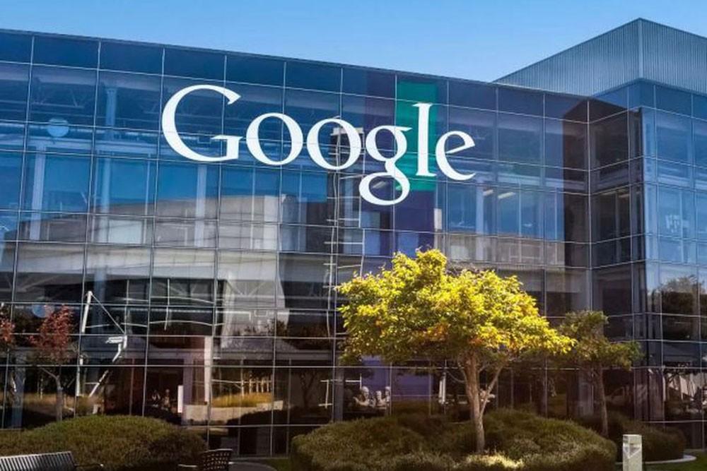 """""""غوغل"""" تعلن موقفها من تصنيع الأسلحة"""