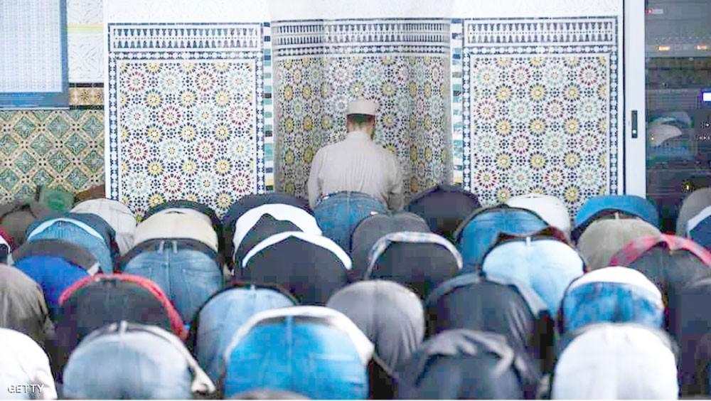 النمسا تطرد عشرات الأئمة الممولين من تركيا