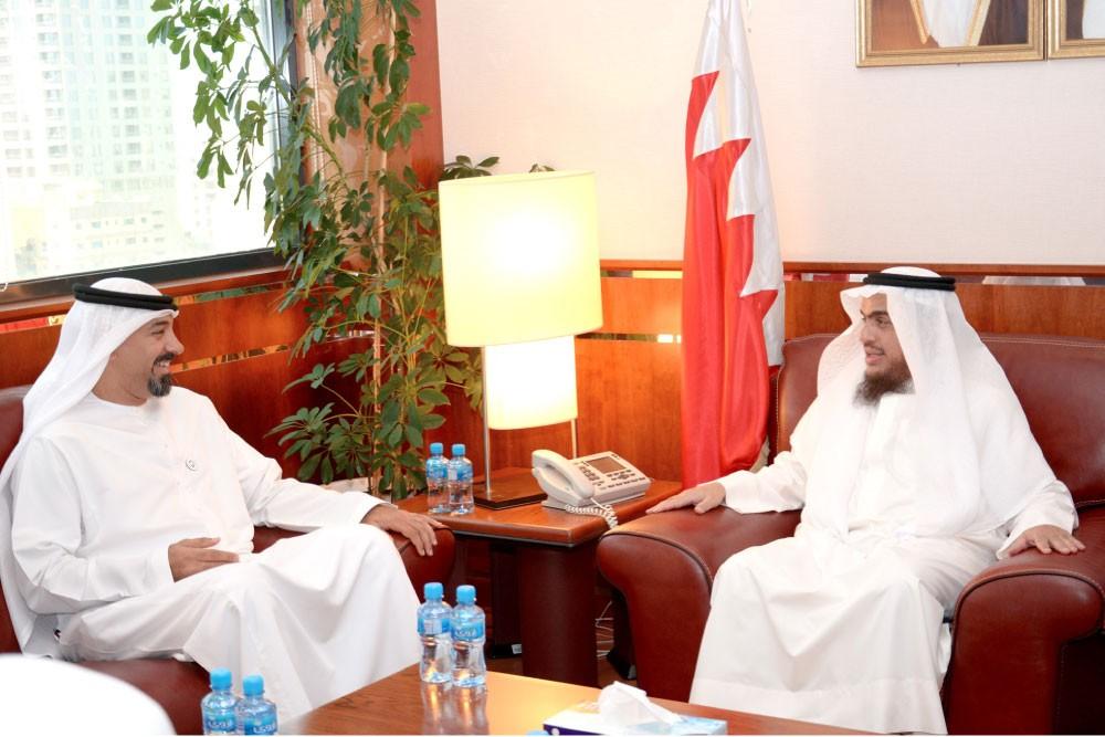 تعاون بحريني إماراتي بشأن الأداء المؤسسي