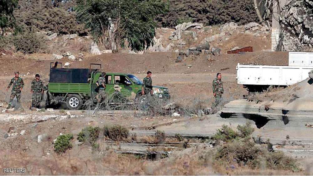 """إسرائيل تقتل مسلحين بـ """"ضربة جوية"""" وتتحدث بإيجابية عن الأسد"""