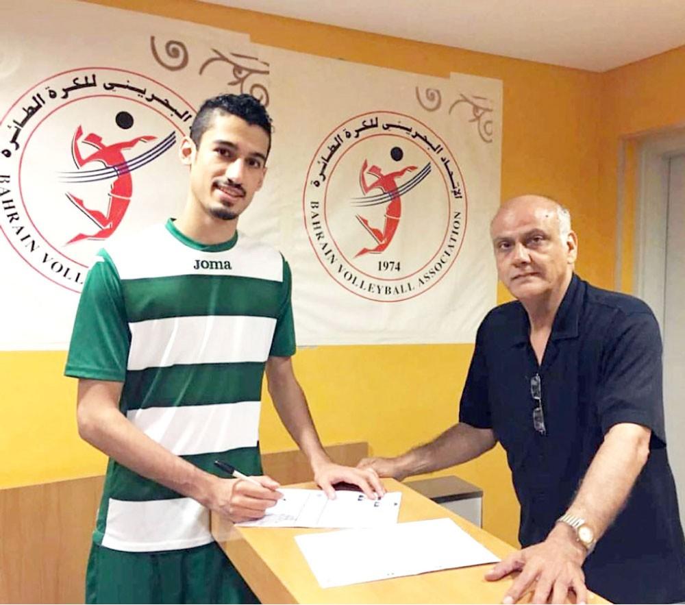 حسين عطية يدرس عروضه المحلية