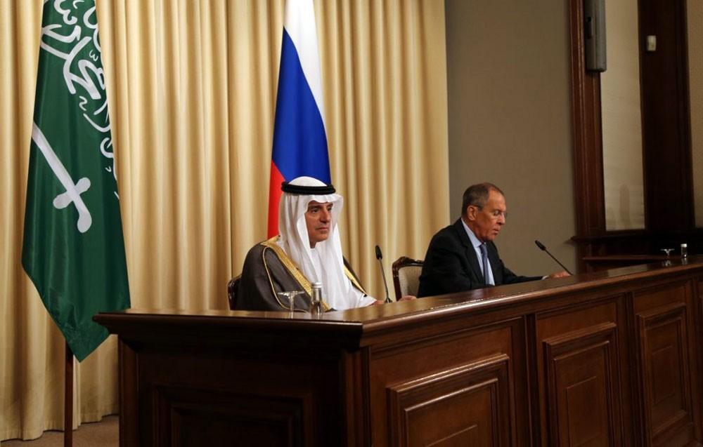الجبير من موسكو: نؤيد فرض مزيد من العقوبات على إيران