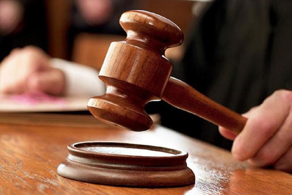 الحكم على قاتل صديقه طعنا 26 سبتمبر