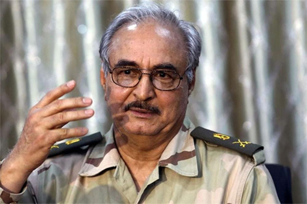 حفتر: طرابلس يجب أن تتحرر من الأيدي العابثة