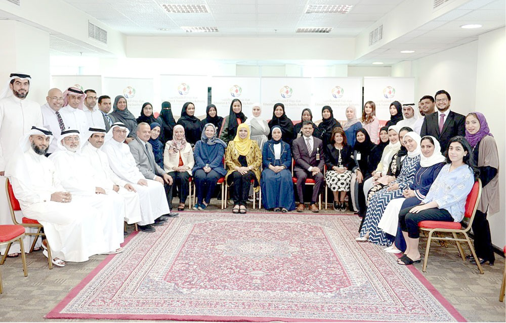 المضحكي: مسيرة التعليم في البحرين مليئة بالإنجازات