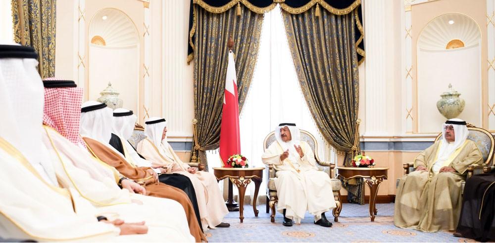 سمو رئيس الوزراء: وعي أبناء البحرين الركيزة لمواصلة بناء مستقبل الوطن