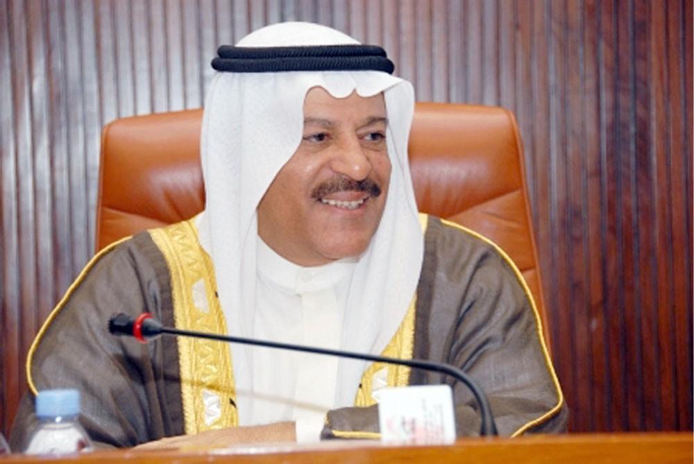 """رئيس """"الشورى"""": حكمة الملك قادت البحرين لتحقيق إنجازات ديمقراطية"""