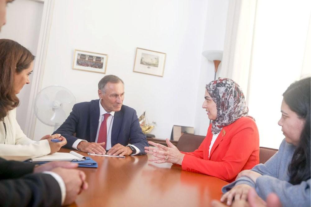 إشادة بتجربة البحرين في دعم المرأة وتميزها