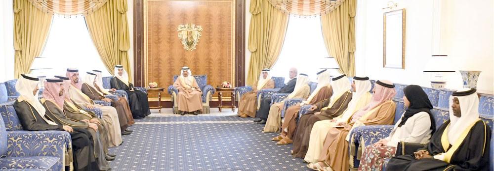 سمو رئيس الوزراء يشيد بجهود خادم الحرمين في تحقيق التكامل العربي والخليجي