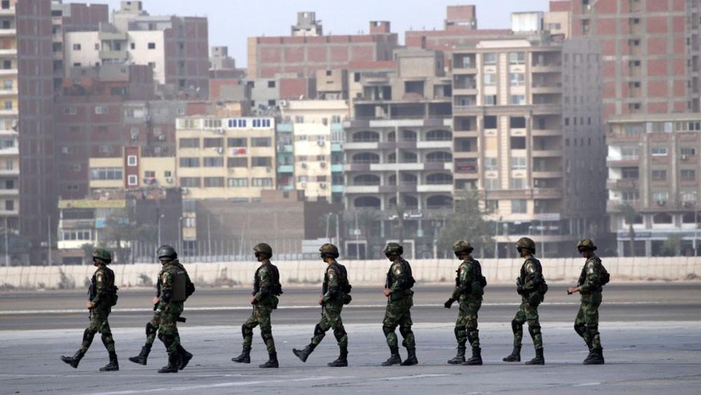 """""""تدريب عسكري"""" بين مصر وباكستان"""